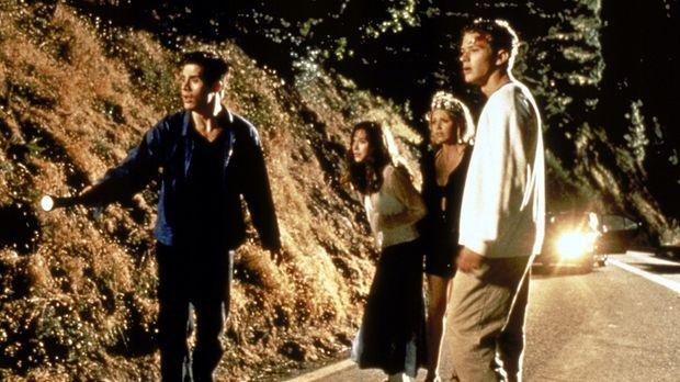 Die vier Freunde Julie (Jennifer Love Hewitt, 2.v.l.), Helen (Sarah Michelle...