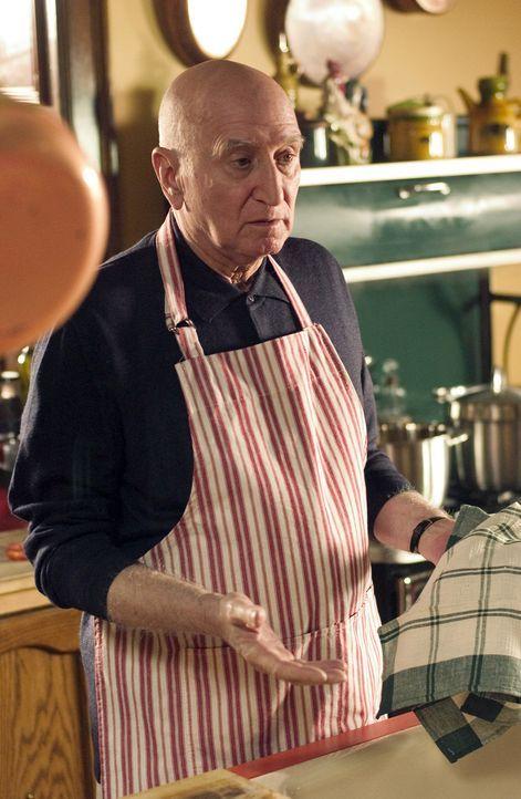 George (Dominic Chianese) ist immer für eine Überraschung gut ... - Bildquelle: The Walt Disney Company