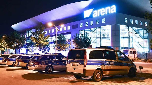 GNTM Finale 2015 Räumung SAP Arena 2