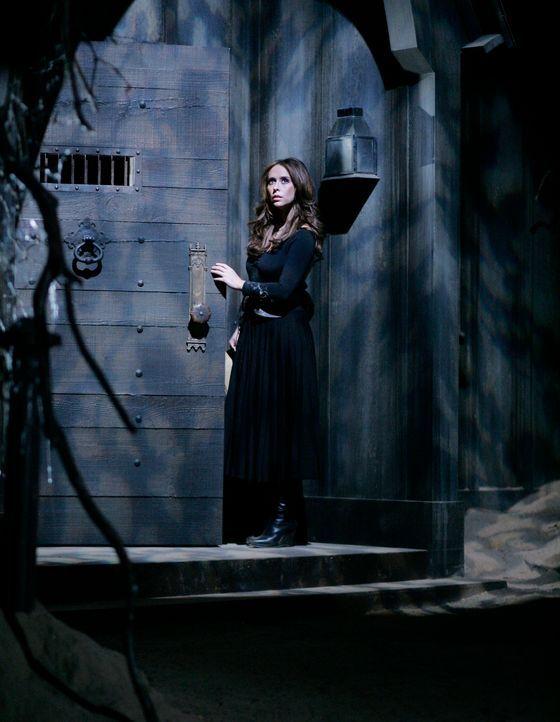 Melinda (Jennifer Love Hewitt) betritt die verborgenen Stadt unterhalb von Grandview ... - Bildquelle: ABC Studios