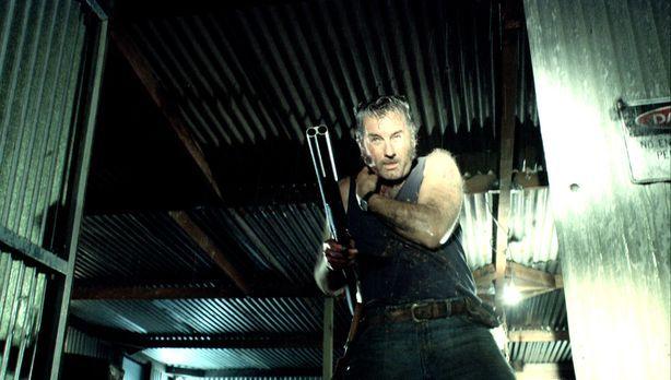 Wolf Creek - Gibt nicht auf: der angeschossene Mick (John Jarratt) ... - Bild...