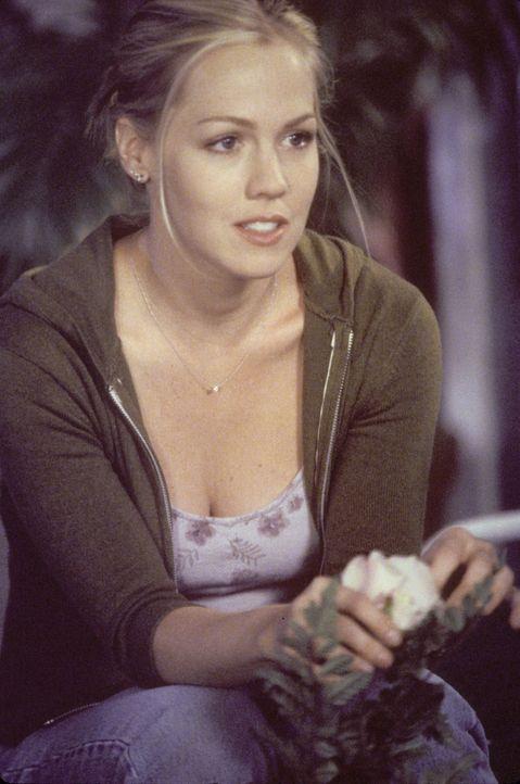 Wird Kelly (Jennie Garth) einen neuen Job annehmen? - Bildquelle: Paramount Pictures