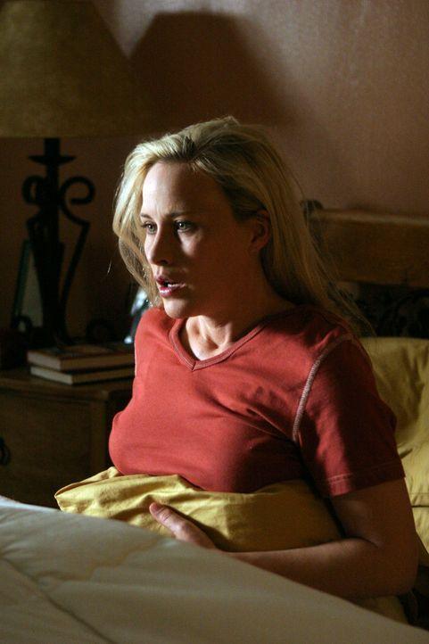 In ihrem Traum hat Allison (Patricia Arquette) zukünftige Ereignisse vorhergesehen, die äußerst beunruhigend sind ... - Bildquelle: Paramount Network Television