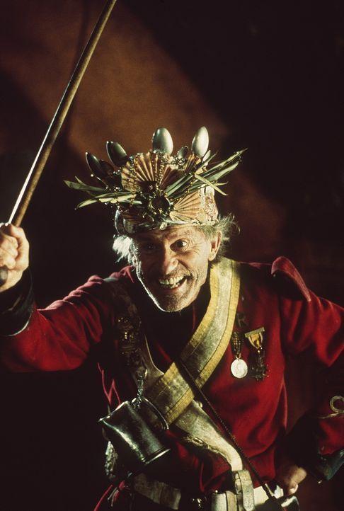 Der etwas exzentrische Murphy (Roddy McDowall) ist der König der Affen ... - Bildquelle: MDP WORLDWIDE