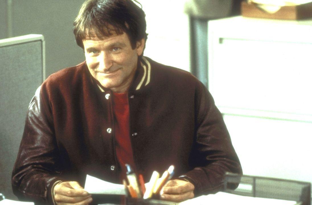 Der arbeitslose Synchronsprecher Daniel Hillard (Robin Williams) geht ganz in der Liebe zu seinen Kindern auf, nervt aber mit seinen verrückten Ide... - Bildquelle: 20th Century Fox