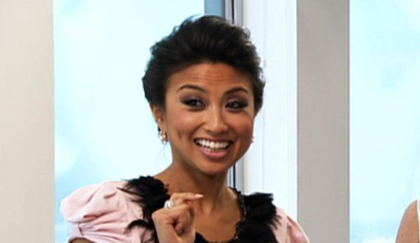 Host Jeannie Mai - Bildquelle: Universal Pictures