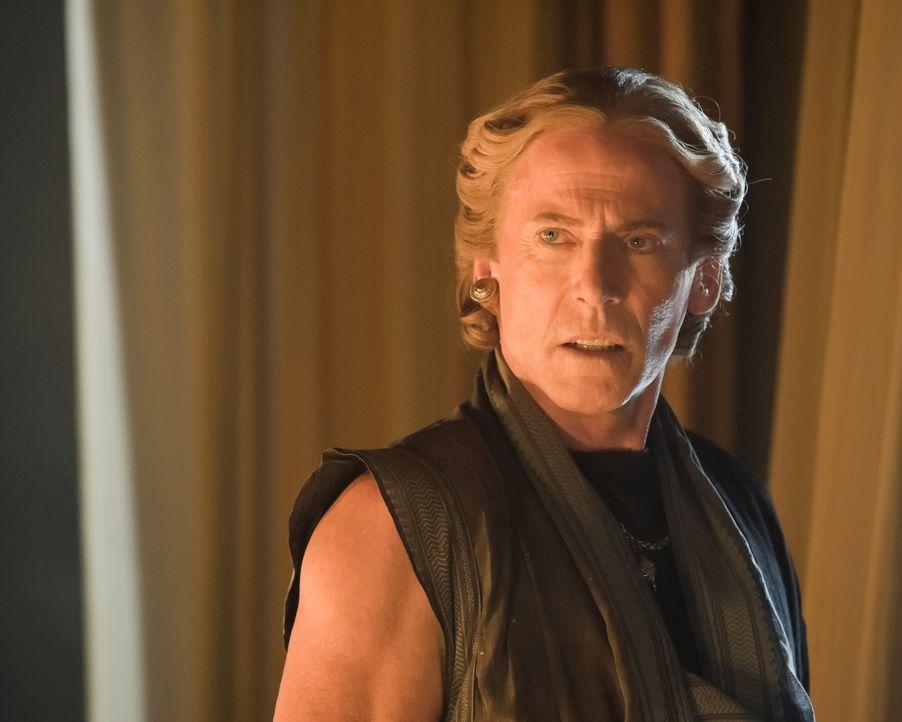 Während Batiatus auf Rache gegen Tullius sinnt, arbeitet Solonius (Craig Walsh-Wrightson) an der Festigung seiner eigenen Macht ... - Bildquelle: 2010 Starz Entertainment, LLC