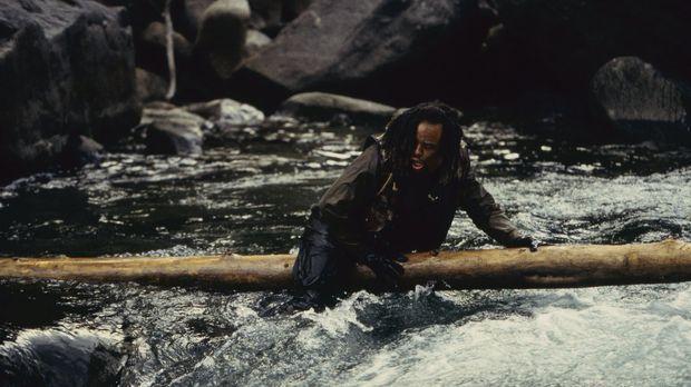 Jack Mason (Ice-T) ist schwarz und obdachlos, ein Mann, der nichts zu verlier...