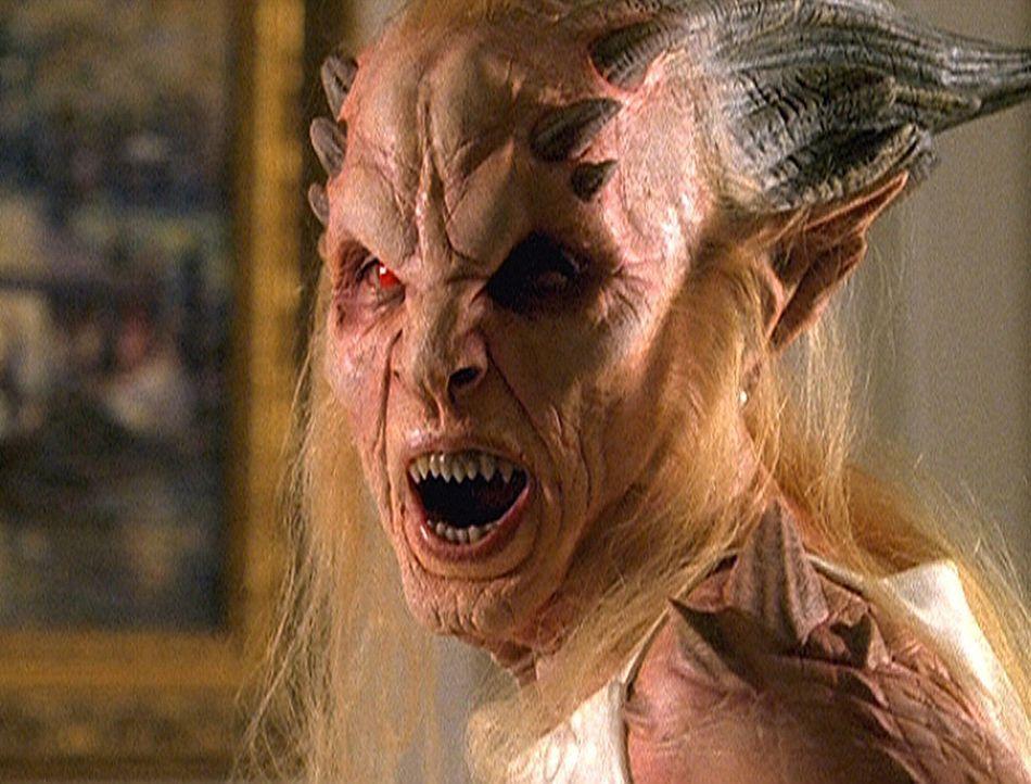 Hinter der gut aussehenden Jade D'Mon verbirgt sich die Göttin Hekate (Sara Rose Peterson). Sie ist auf die Erde gekommen, um ein Dämonenkind zu z... - Bildquelle: Paramount Pictures