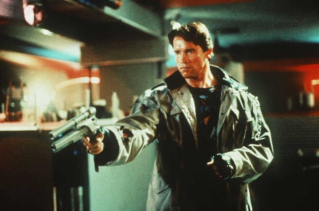 Er kommt aus der Zukunft, um zu töten: Der Terminator (Arnold Schwarzenegger) ... - Bildquelle: Orion Pictures Corporation