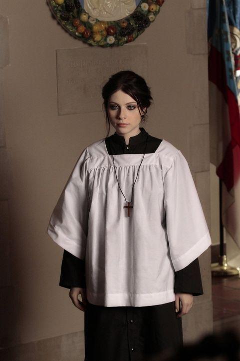Führt nichts Gutes im Schilde: Georgina (Michelle Trachtenberg) ... - Bildquelle: Warner Bros. Television