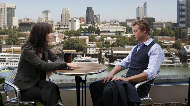 Türen im Kopf: Patrick Jane (Simon Baker, r.) und Teresa Lisbon (Robin Tunney...