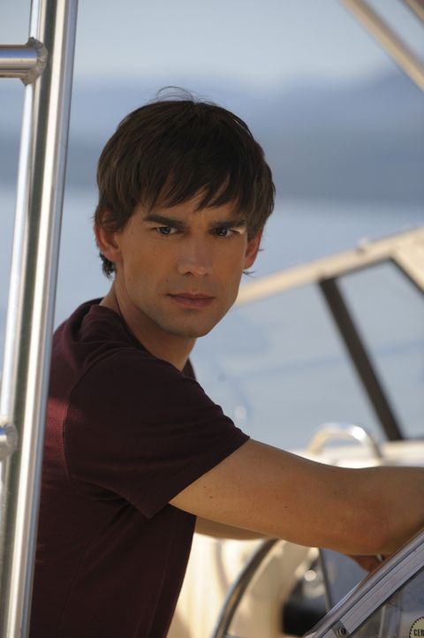 Henry (Christopher Gorham) hatte sich seine Rückkehr auf Harper's Island so schön vorgestellt - doch nach und nach häufen sich die tödlichen Ung... - Bildquelle: 2009 CBS Studios Inc. All Rights Reserved.