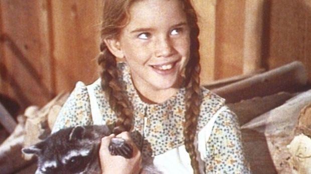 Die kleine Laura (Melissa Gilbert) freundet sich mit einem jungen Waschbären...
