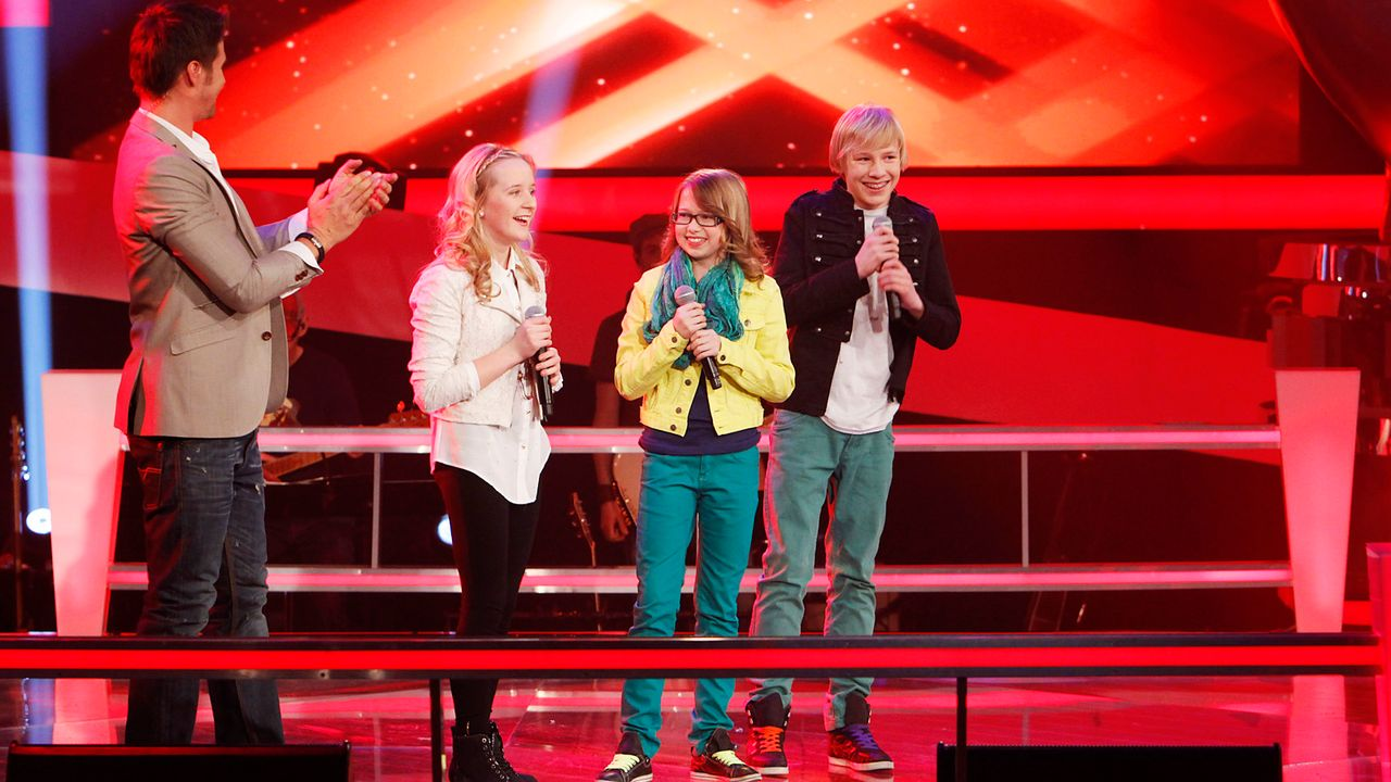 The-Voice-Kids-epi04-Luisa-Laura-Laurin-4-SAT1-Richard-Huebner - Bildquelle: SAT.1/Richard Hübner