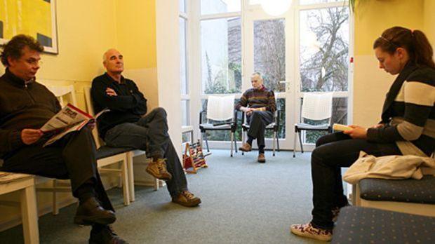 Wartezimmer einer Arztpraxis: Die meisten Deutschen sind zufrieden mit der Er...