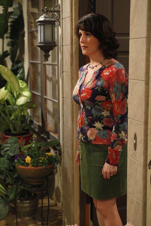 Spielt weiter ihr Spiel mit Charlie um ihn eifersüchtig machen: Rose (Melanie Lynskey) ... - Bildquelle: Warner Brothers Entertainment Inc.