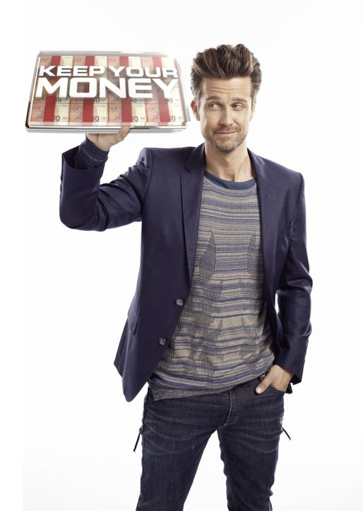 """Wer verzockt sich und wer sahnt richtig ab? In """"Keep Your Money"""" mit Wayne Carpendale können Kandidaten bis zu 250.000 Euro gewinnen ... - Bildquelle: Thomas von Aagh SAT.1"""