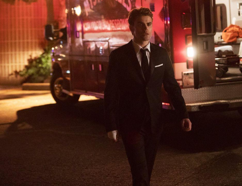 Wie weit wird Stefan (Paul Wesley) im Kampf gegen Katherine und das Höllenfeuer gehen? - Bildquelle: 2016 Warner Brothers