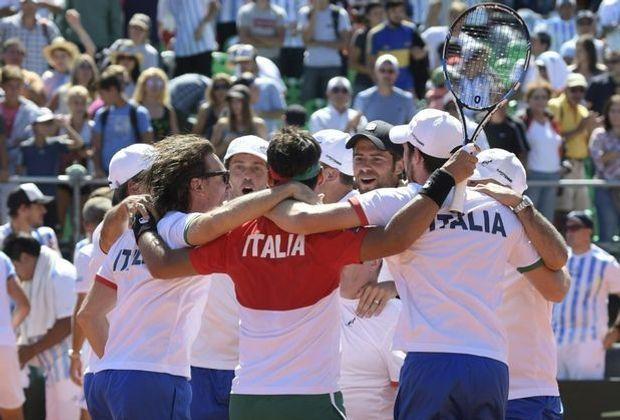 Italien schlägt Argentinien im Davis Cup mit 3:2