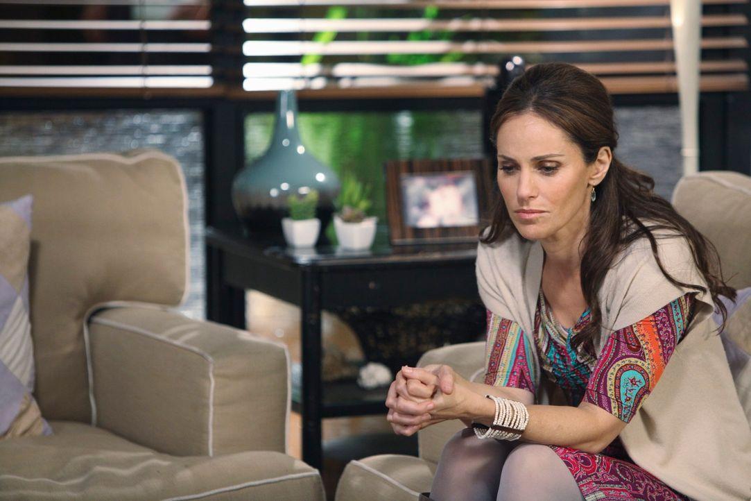Während Naomi von der Schwangerschaft ihrer Tochter völlig schockiert ist, trifft Violet (Amy Brenneman) auf Nathan, der seine Frau verloren hat, un... - Bildquelle: ABC Studios