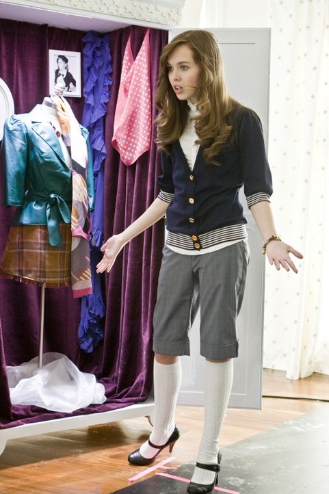 Die Chefin der angesagtesten Clique der Schule, die arrogante Massie (Elizabeth McLaughlin), hat für Außenseiter nicht viel übrig ... - Bildquelle: 2008 Warner Bros.
