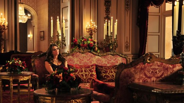 Wird sie an den Intrigen von Prinz Cyrus zu Grunde gehen? Königin Helena (Eli...