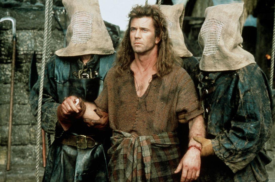 Sein leidenschaftlicher Kampf scheint verloren: William (Mel Gibson, M.) wird zum Schafott geführt ... - Bildquelle: Paramount Pictures