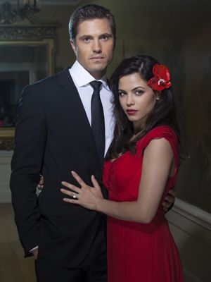 Witches of East End: Jenna Dewan Tatum und Eric Winter - Bildquelle: Twentieth Century Fox Film Corporation