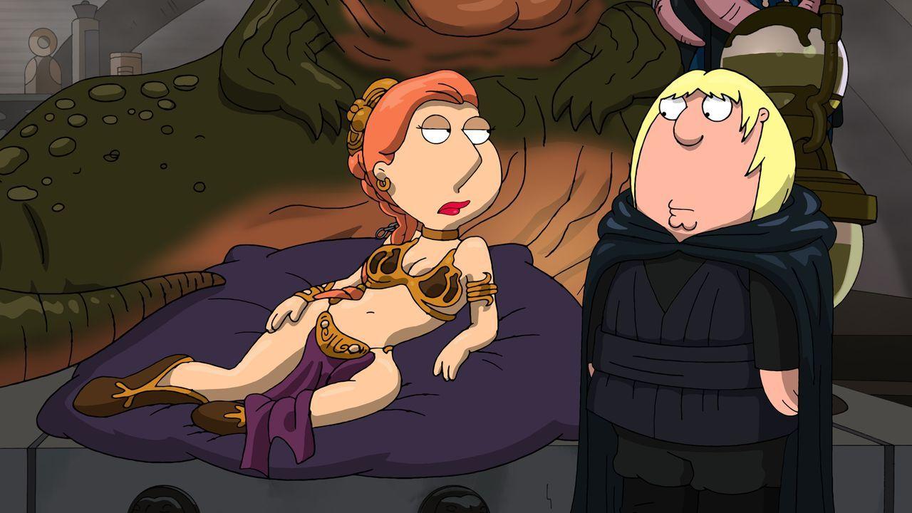 """Peter erzählt seiner Familie eine ganz besondere """"Star Wars""""-Episode bei der Lois (l.) und Chris (r.) eine ganz besondere Rollen spielen ... - Bildquelle: 2011 Twentieth Century Fox Film Corporation. All rights reserved."""