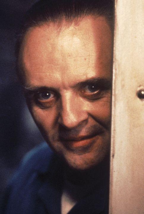 Zwischen Dr. Hannibal Lecter (Anthony Hopkins) und Clarice Starling entwickelt sich eine Beziehung, die äußerst gefährlich ist ... - Bildquelle: Orion Pictures Corporation