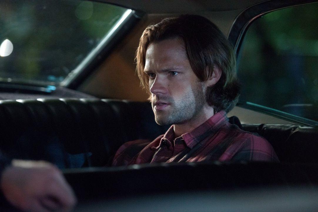 Auf dem Weg zu einem neuen Fall, erscheint Sam (Jared Padalecki) im Impala sein Vater. Ein Traum, eine Vision oder eine göttliche Nachricht? - Bildquelle: 2014 Warner Brothers