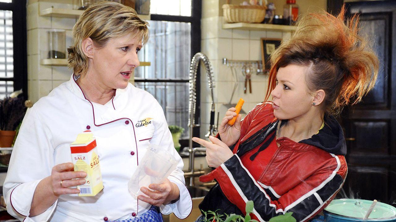 Anna-und-die-Liebe-Folge-635-02-SAT1-Oliver-Ziebe - Bildquelle: SAT.1/Oliver Ziebe