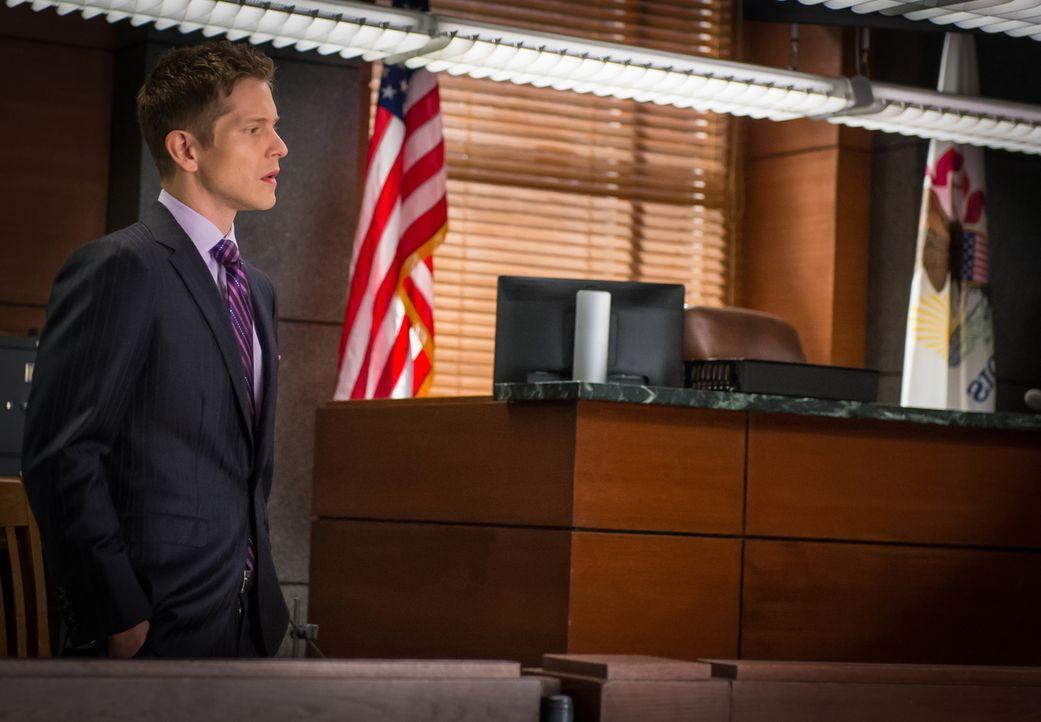 Cary (Matt Czuchry) wird von Film Polmar unter Druck gesetzt, als dieser herausfindet, dass Cary in seiner Zeit bei der Staatsanwaltschaft bei einem... - Bildquelle: Jeff Neumann 2014 CBS Broadcasting Inc. All Rights Reserved.