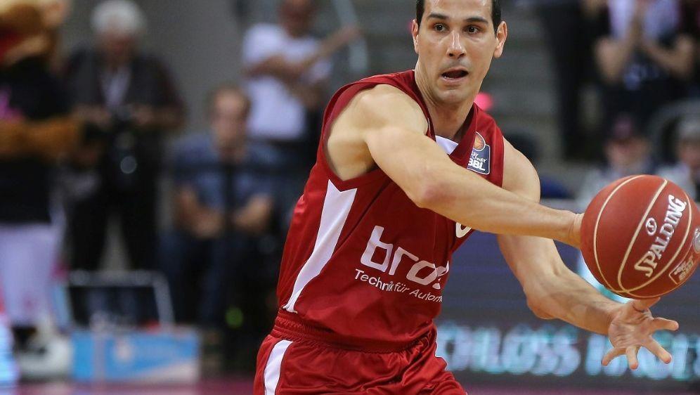 Niko Zisis verliert mit Bamberg den Europacup-Auftakt - Bildquelle: PIXATHLONPIXATHLONSID