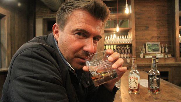 Barprofi Jack Maxwell erforscht den US-Staat Tennessee und enthüllt die überr...