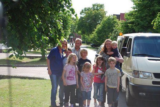 Mieter in Not - Die neunköpfige Familie Becker aus Sachsen-Anhalt haust unter...
