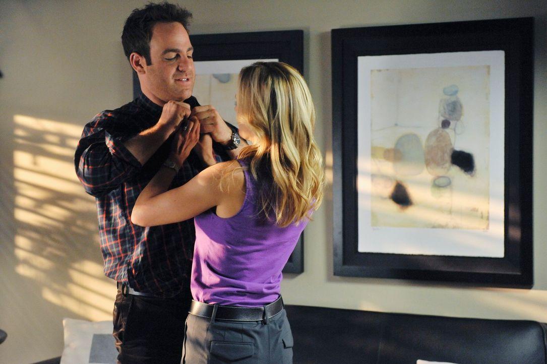 Sind dabei, über Familienplanung  zu sprechen: Charlotte (KaDee Strickland, r.) und Cooper (Paul Adelstein, l.) ... - Bildquelle: ABC Studios