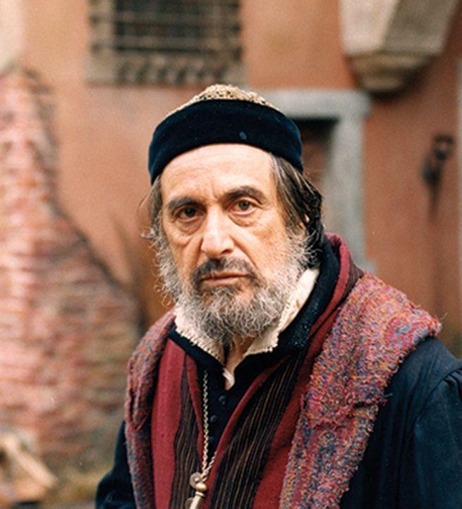 Der verbitterte Geldverleiher Shylock (Al Pacino) will dem Kaufmann Antonio 3000 Dukaten leihen. Anstelle von Zinsen verlangt er jedoch ein Pfund Fl... - Bildquelle: CPT Holdings, Inc.  All Rights Reserved.