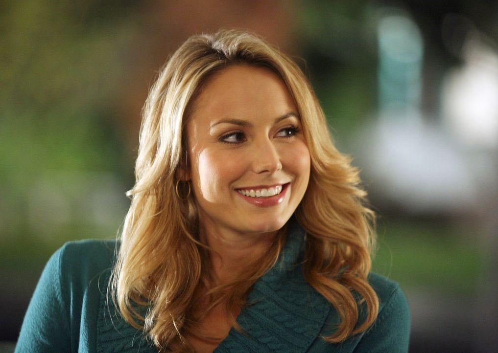Rory (Stacy Keibler) hat offensichtlich noch Interesse an Eddie - wird es zu einem ein Liebes-Comeback kommen? - Bildquelle: ABC Studios