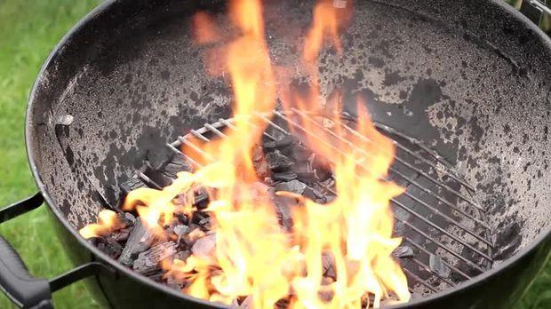 Gas Oder Holzkohlegrill Eine Glaubensfrage : Gasgrill oder kohlegrill so groß ist der unterschied
