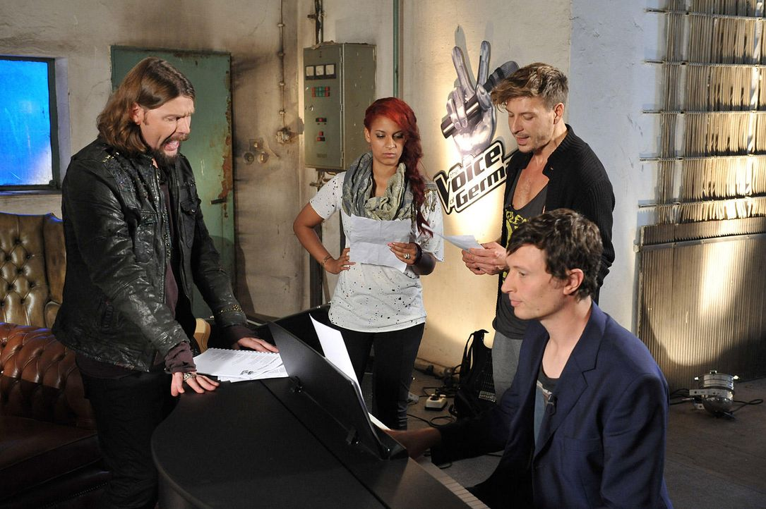 battle-luca-vs-jenna-17-the-voice-of-germany-kowalskijpg 1700 x 1131 - Bildquelle: SAT1/ProSieben/Andre Kowalski