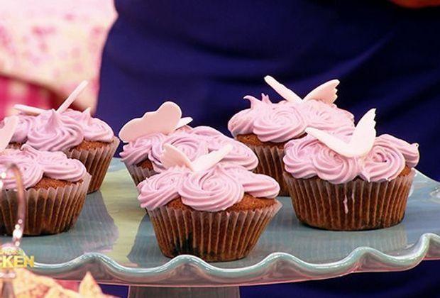 das-grosse-backen-rezepte-heike-cupcake-blaubeertraum-620-349