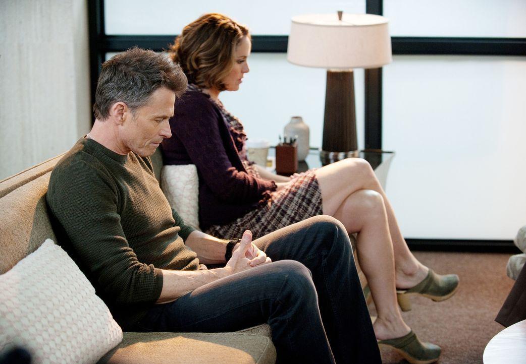 Pete (Tim Daly, l.) und Violet (Amy Brenneman, r.) versuchen mit einer Eheberatung ihre Beziehung zu retten. Doch wird es ihnen gelingen? - Bildquelle: ABC Studios