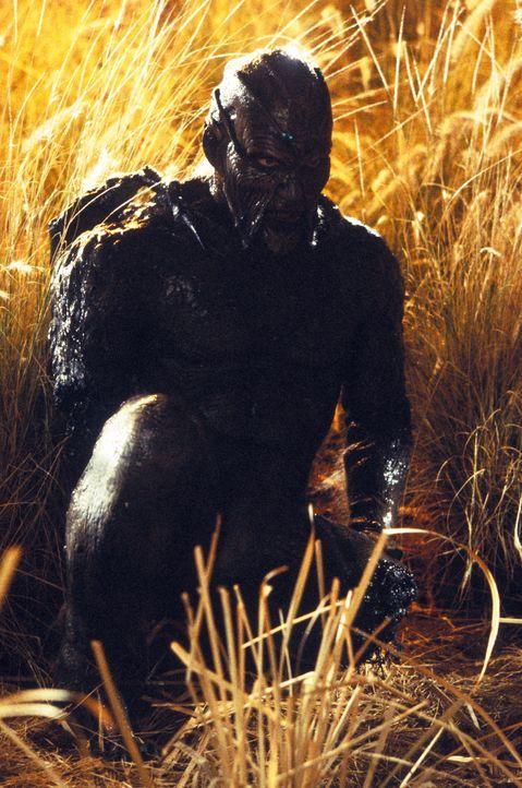 Seit drei Wochen geht The Creeper (Jonathan Breck) in einem abgelegenen amerikanischen Landstrich seiner blutrünstigen Berufung nach, ist jedoch fes... - Bildquelle: Kinowelt GmbH