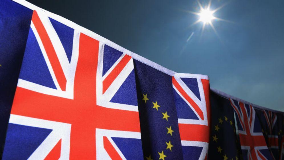 Gehen künftig getrennte Wege: Großbritannien kehrt der EU den Rücken - Bildquelle: Getty Images