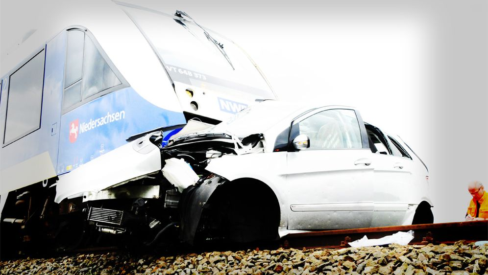Gefahr unbeschrankter Bahnübergang
