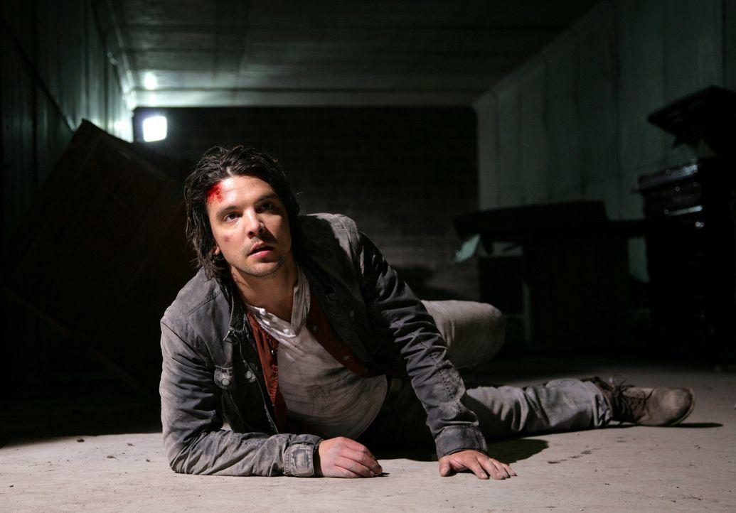 Hofft, von seinen Kollegen rechtzeitig gerettet zu werden: Connor (Andrew Lee Potts) ... - Bildquelle: ITV Plc