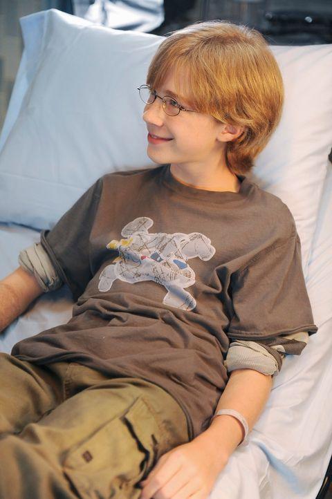 Behauptet von seinem Steigvater misshandelt zu werden: Evan (Joey Luthman) ... - Bildquelle: ABC Studios