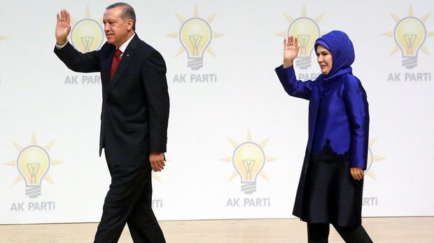 Der türkische Staatspräsident Erdogan und seine Frau